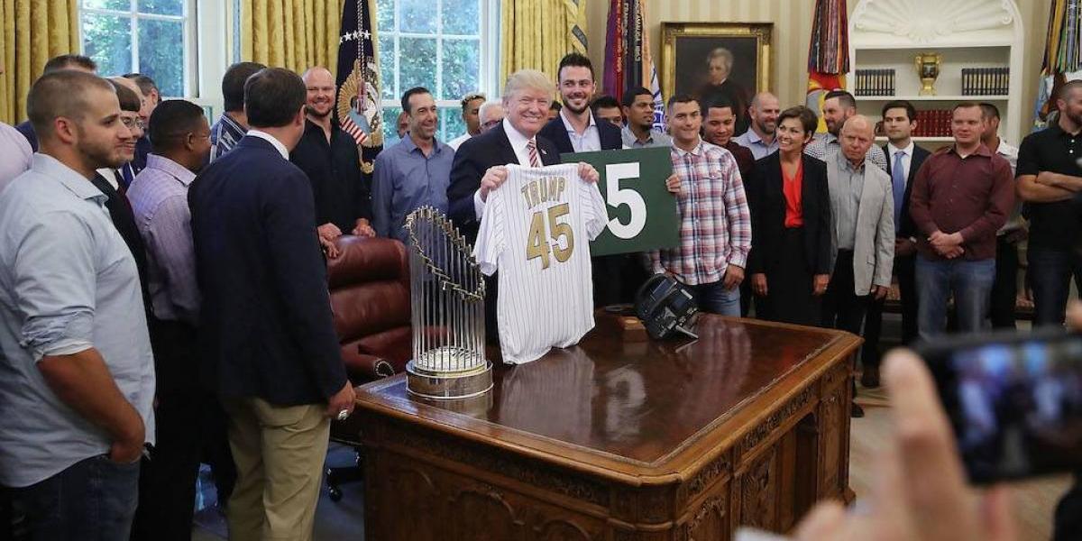 Campeones Cachorros de Chicago visitan la Casa Blanca por segunda vez
