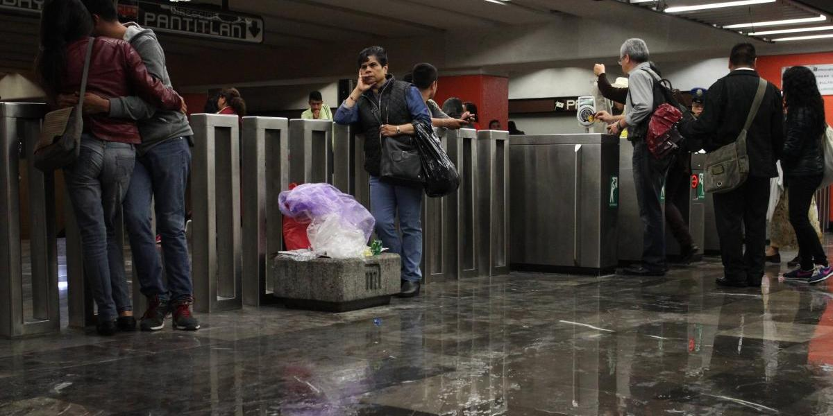 Servicio del Metro falla en temporada de lluvia por aumento de usuarios: Gaviño