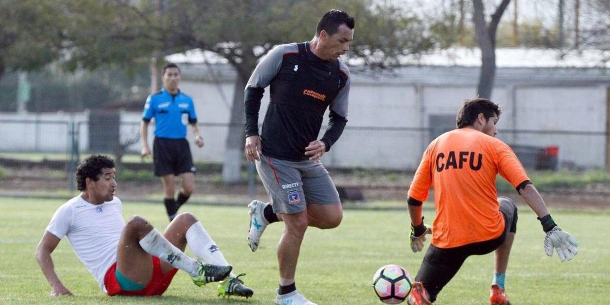 Colo Colo sigue sus amistosos de pretemporada con goleada de la mano de Paredes y Valdés