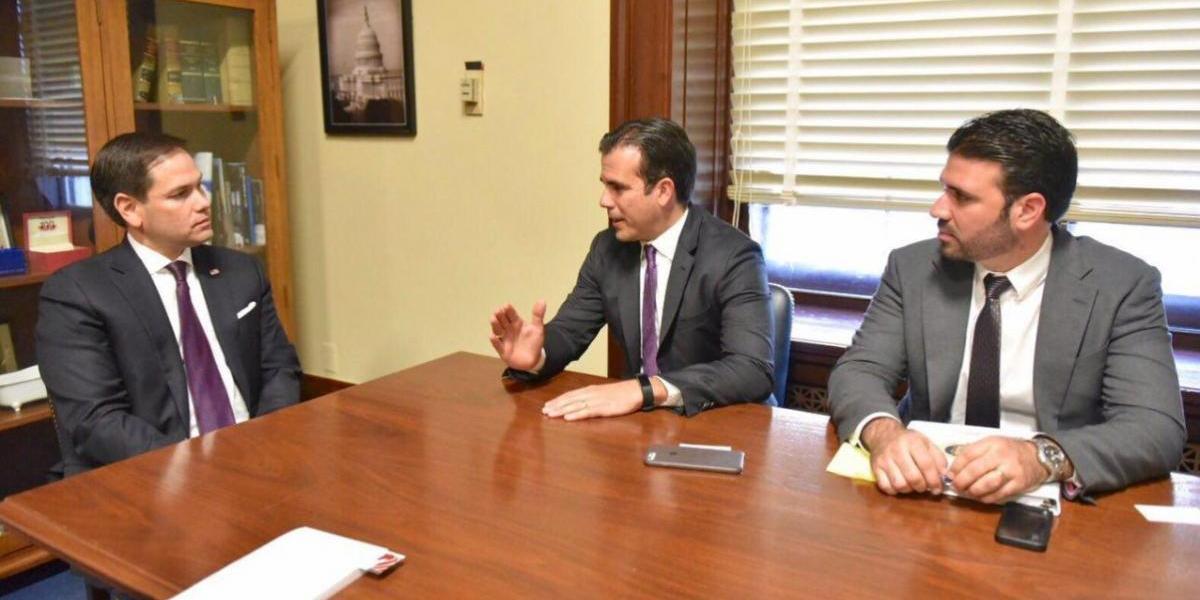 Rosselló se reúne con varios senadores federales