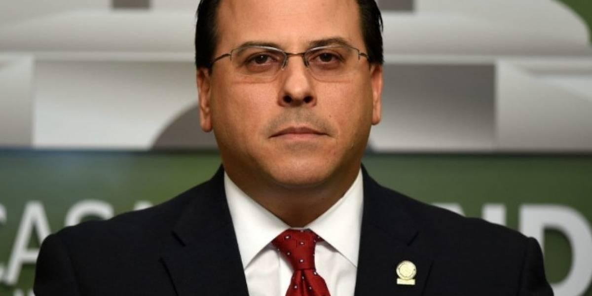 Escándalo político de Perelló podría costarle sobre medio millón de dólares