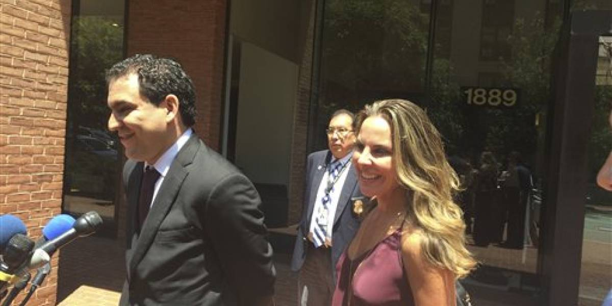 Kate del Castillo denuncia violación del gobierno mexicano