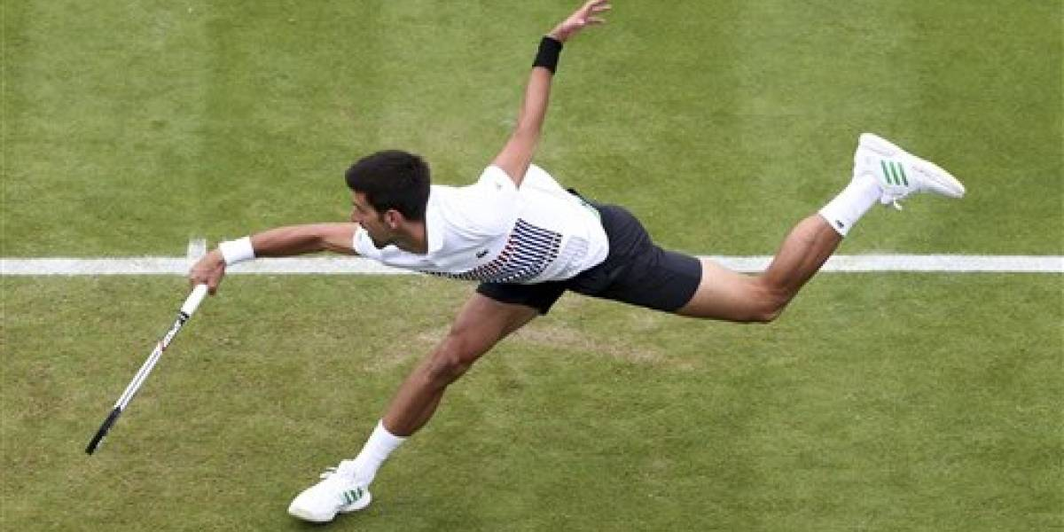 Novak Djokovic avanza a semifinales en Eastbourne