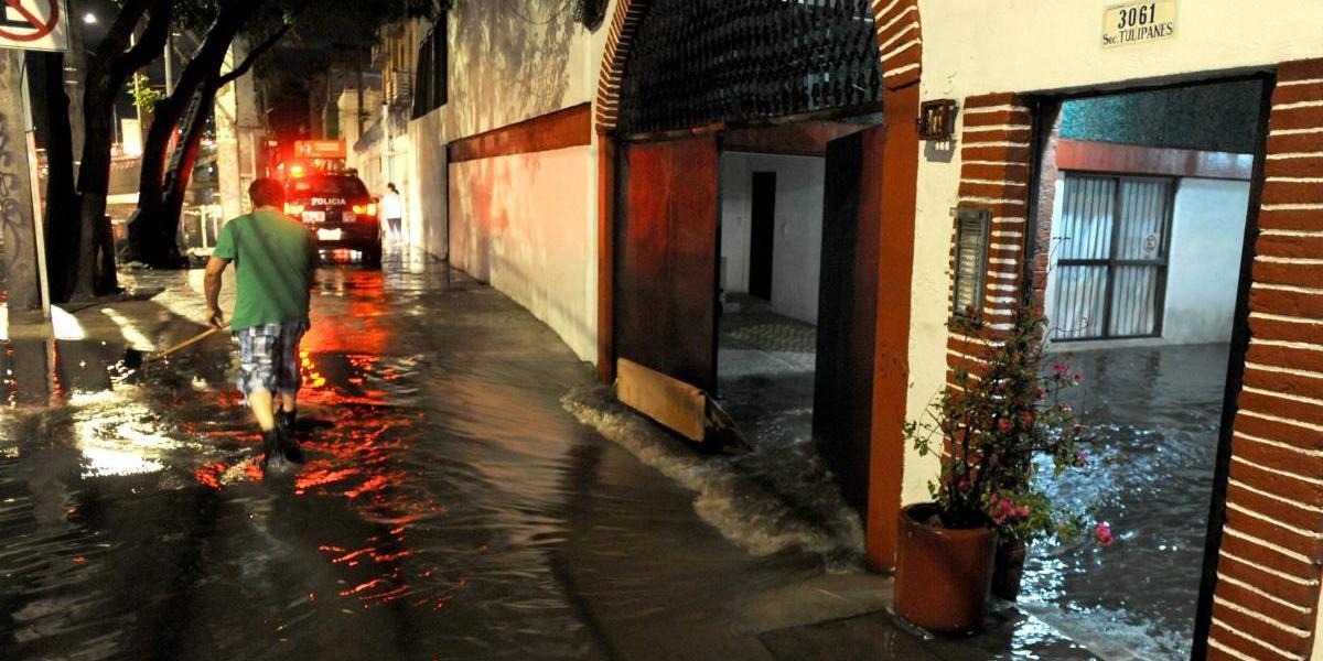 Asamblea Legislativa pide apoyo para familias afectadas por lluvias en CDMX
