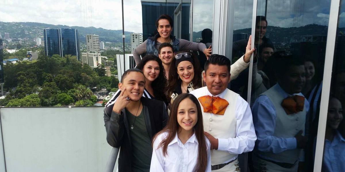 """Las canciones de Selena revivirán en Guatemala con """"El chico del apartamento 512 musical"""""""