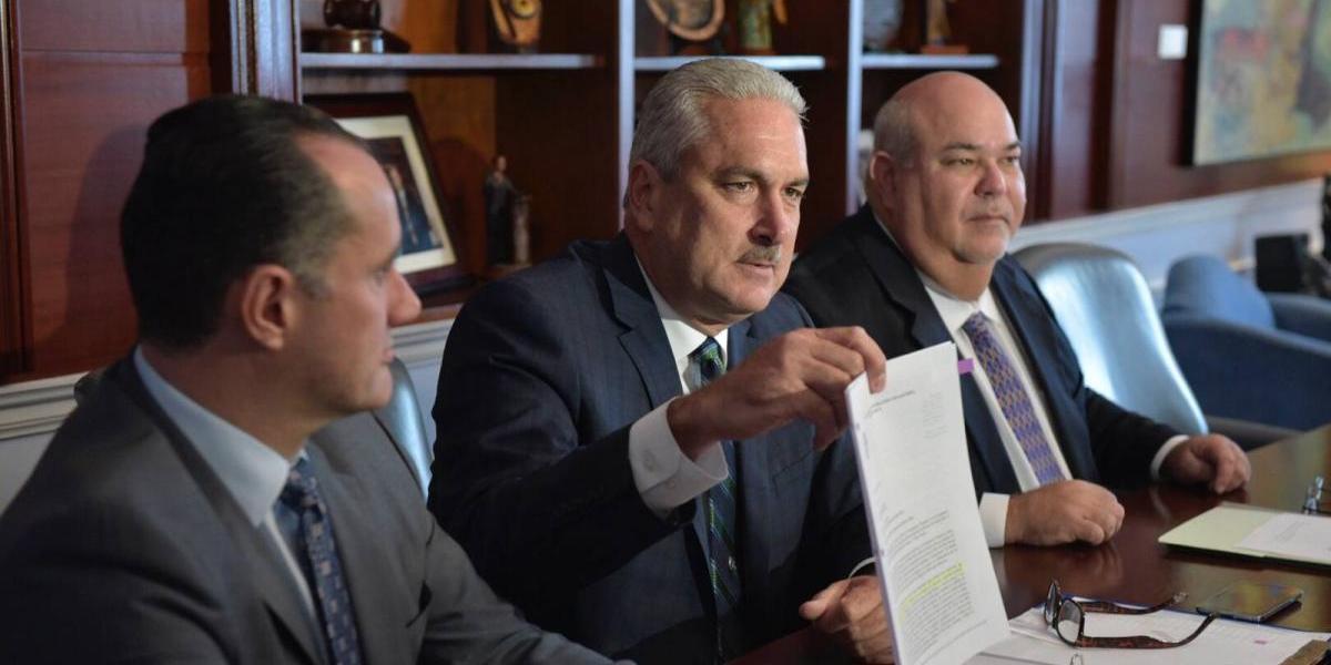 Rivera Schatz asegura no son negociables recortes propuestos por la Junta