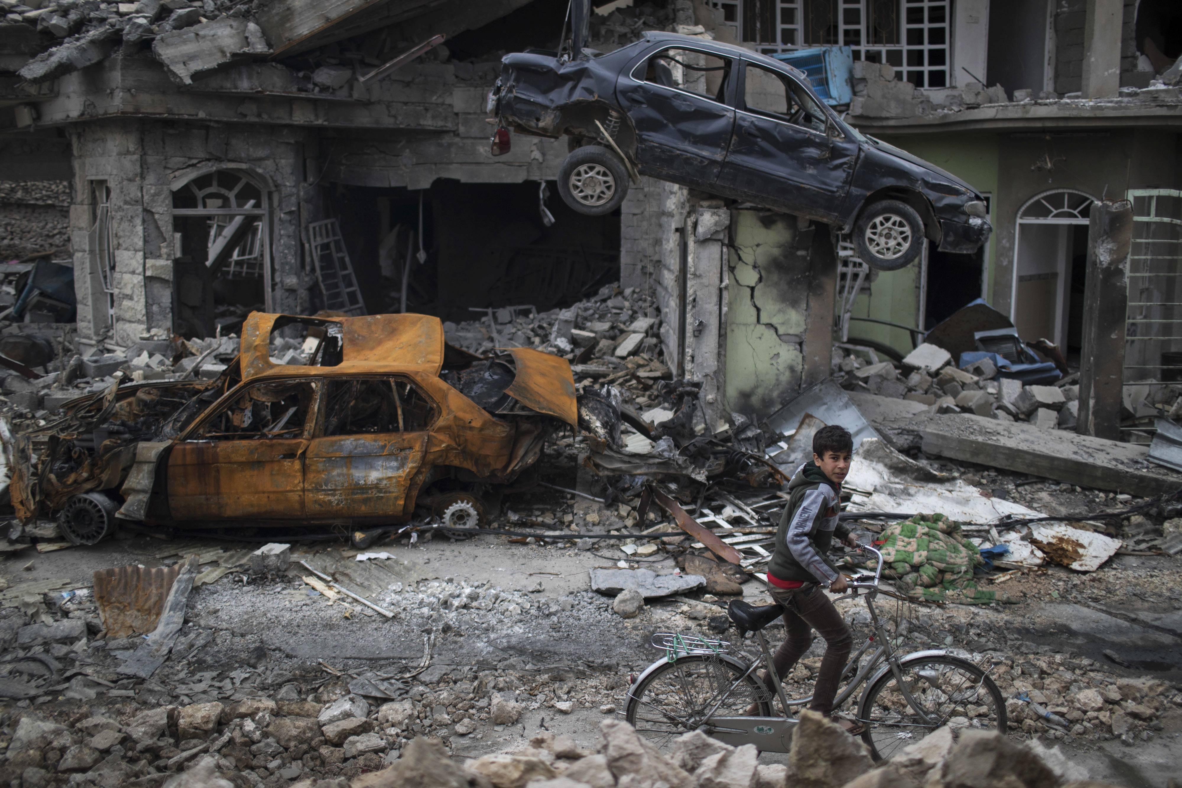 Mosul era el bastión del Estado Islámico, el nivel de destrucción es indescriptible Foto: AP