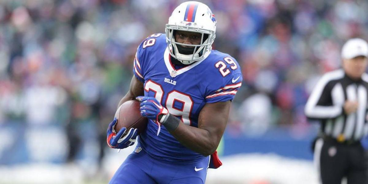 NFL suspende un año a Karlos Williams