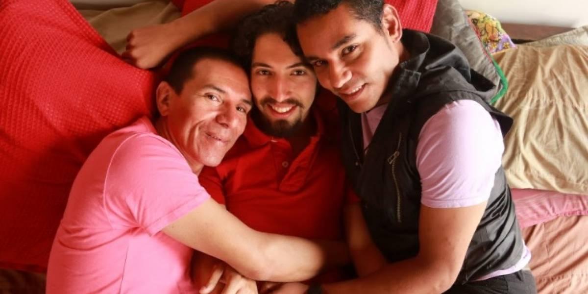 El poliamor, la razón por la que tres hombres componen la primera trieja legal en Colombia