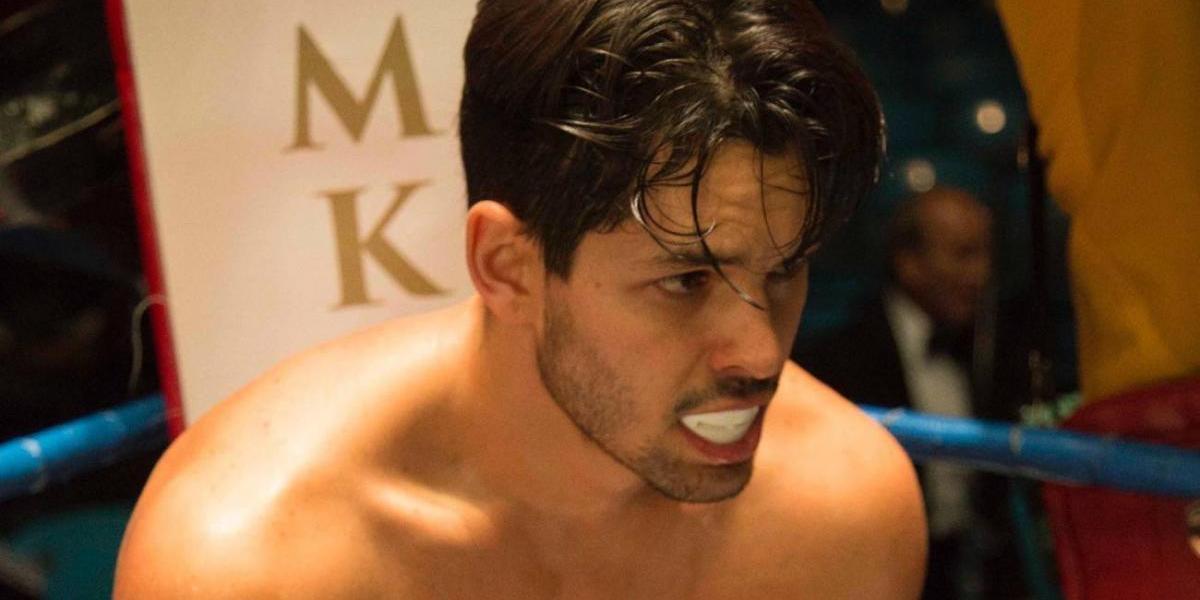 Ricardo Abarca se transforma en boxeador