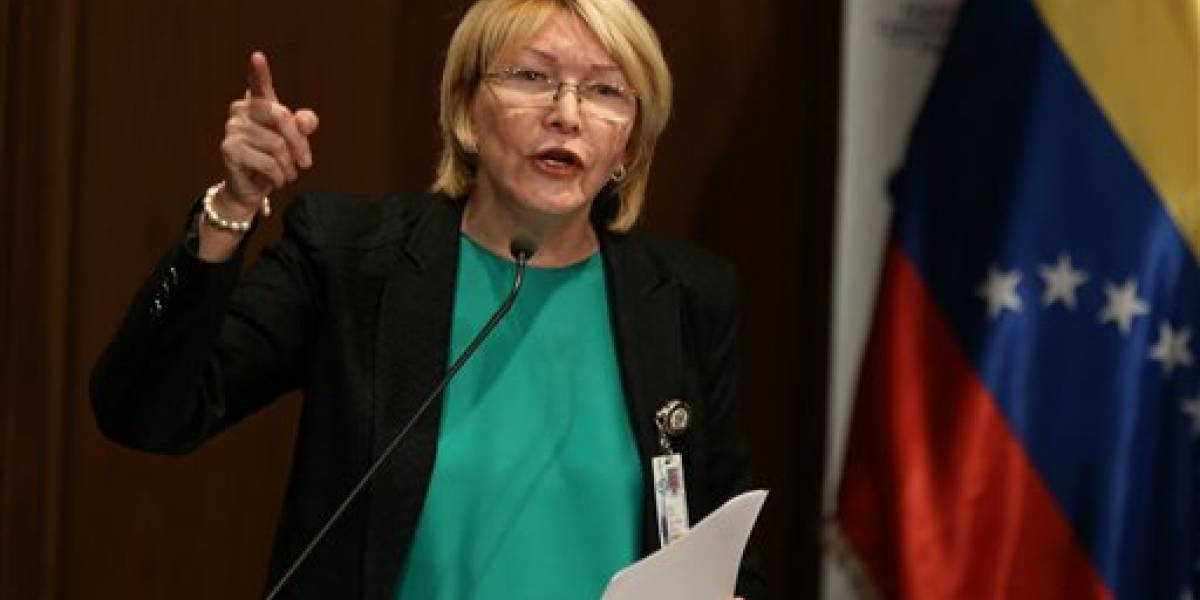 Fiscal general de Venezuela pide medidas de protección