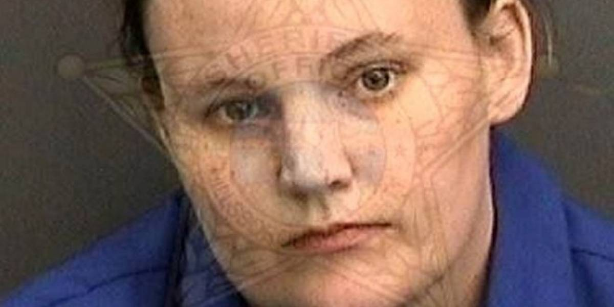 Arrestan a mujer que tuvo hijo con un niño de 11 años