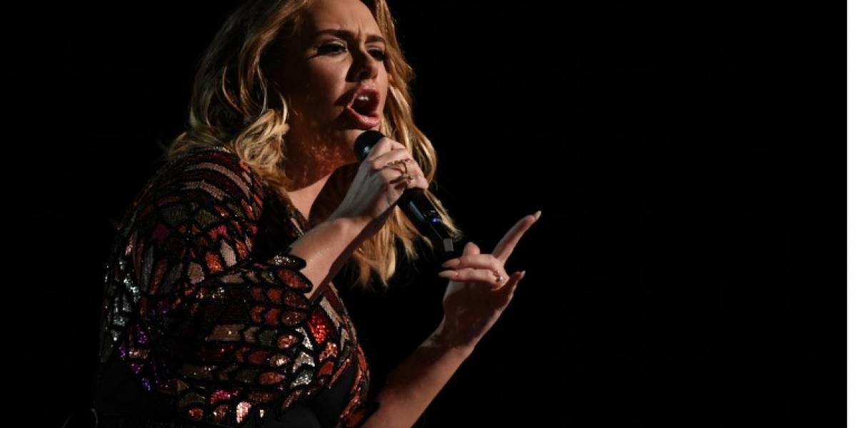 """Adele insinúa que la gira de su álbum """"25"""" podría ser su última"""