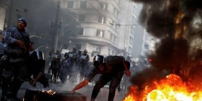 Protesto interdita via no Centro do Rio