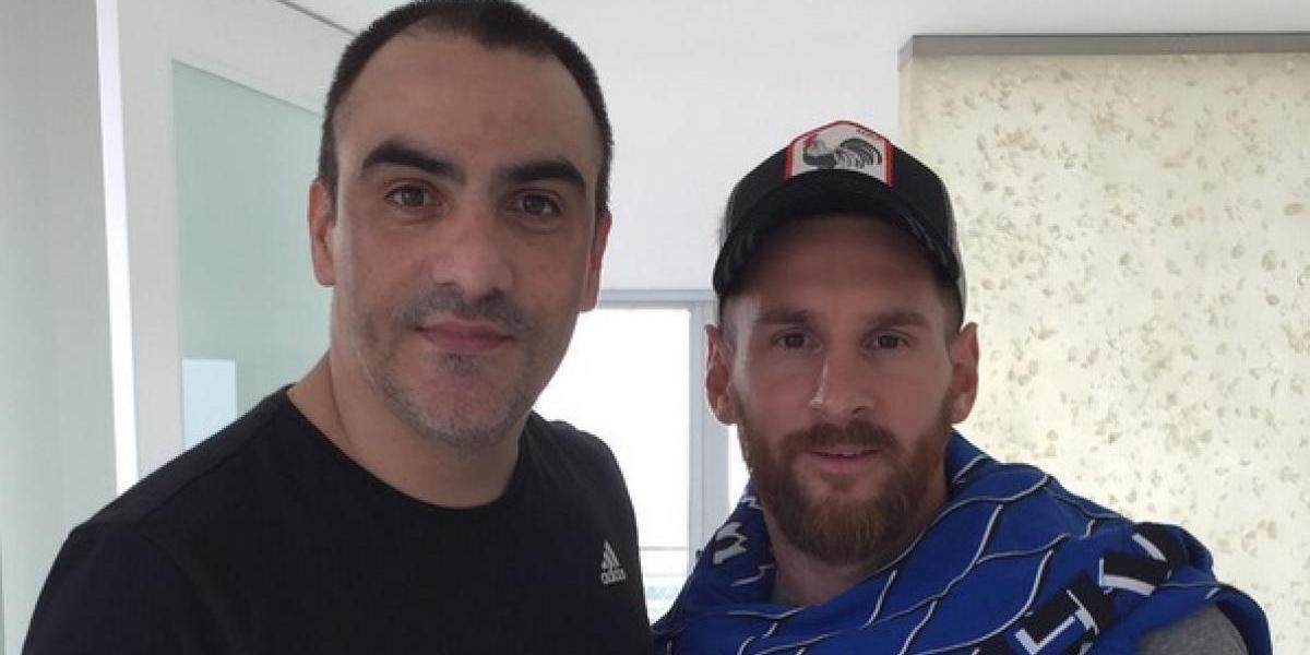 Tatuador amenaza a sus clientes si hablan mal de Messi