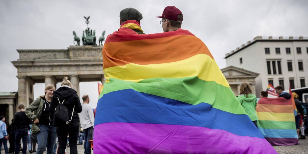 Alemania legaliza los matrimonios homosexuales, a pesar del voto en contra de Merkel