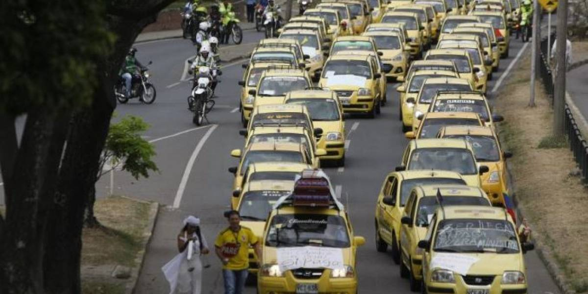 Taxistas anuncian paro durante la visita del Papa Francisco