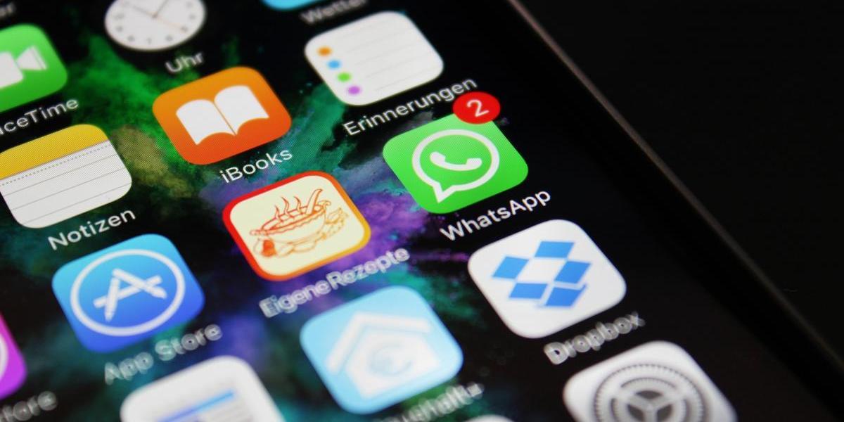 Estos teléfonos se quedan sin WhatsApp a partir de hoy