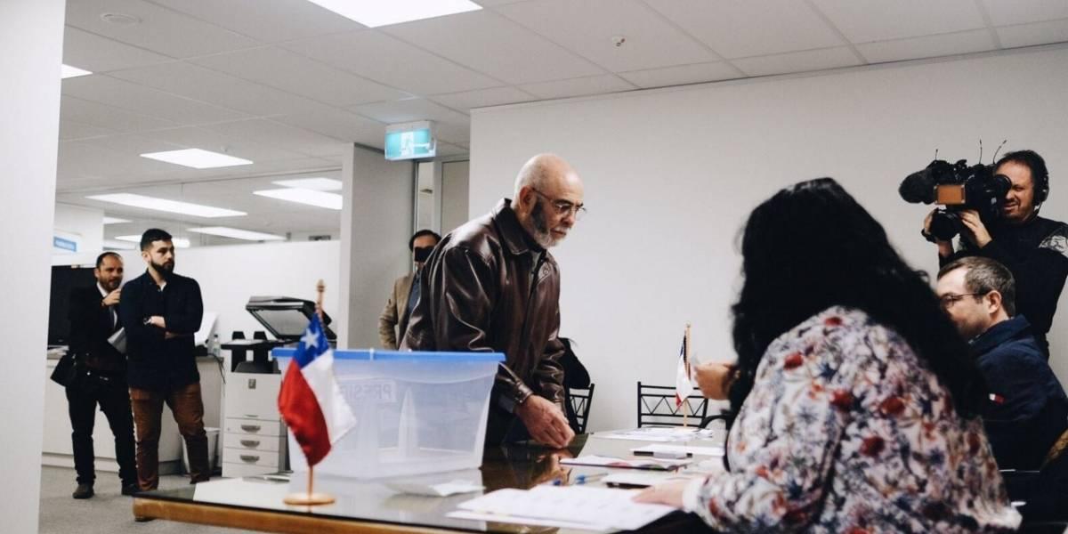 La historia del primer chileno que votó en el extranjero