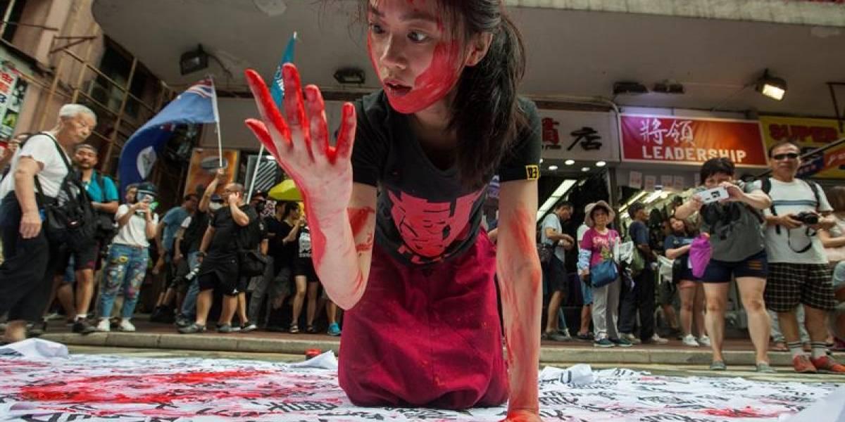 """""""No queremos ser esclavos de China"""", más de 60 mil personas salen a las calles en Hong Kong exigiendo más libertad"""