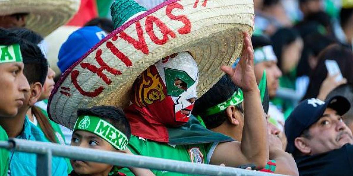 FOTOS: Se 'prende' la afición mexicana con tuit de la Selección mexicana
