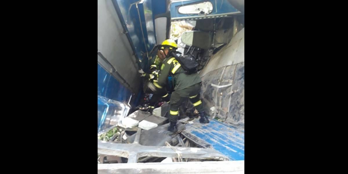 Accidente de un bus en Atlántico produjo la muerte de seis personas y 23 resultaron heridas