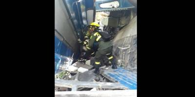 Aparatoso accidente deja tres muertos y 27 heridos en vía del Atlántico