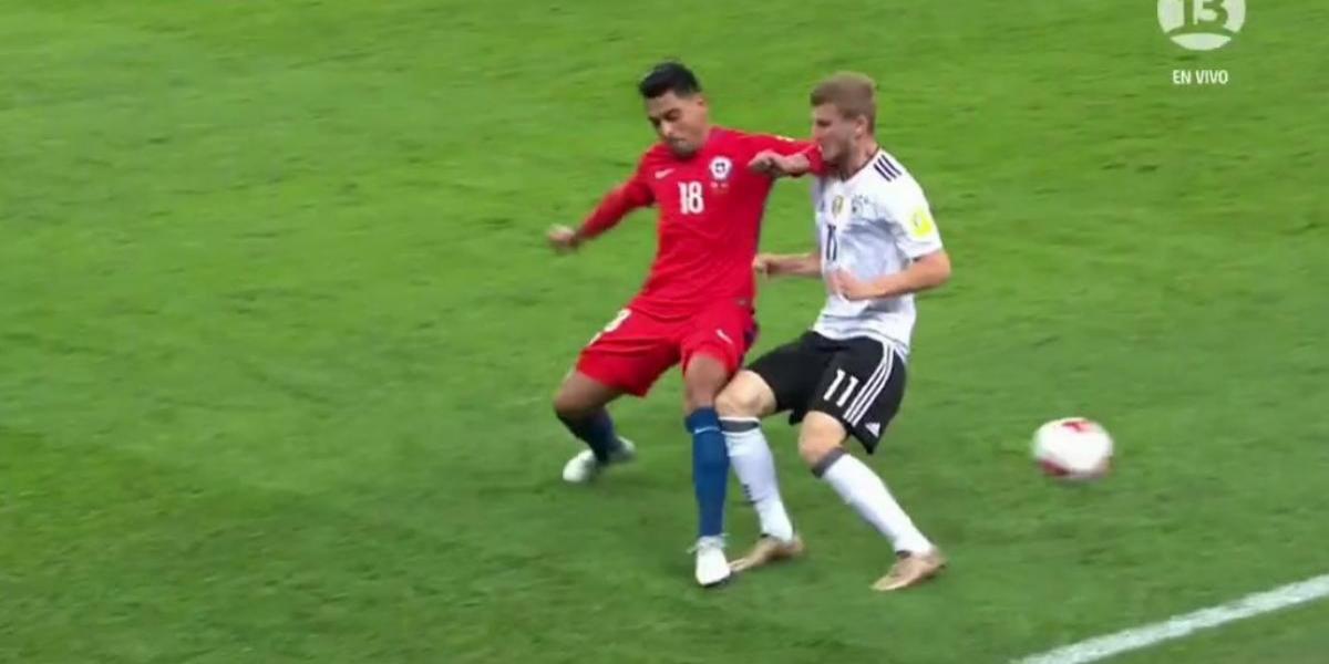 El VAR fue protagonista del momento más tenso de la final de la Copa Confederaciones