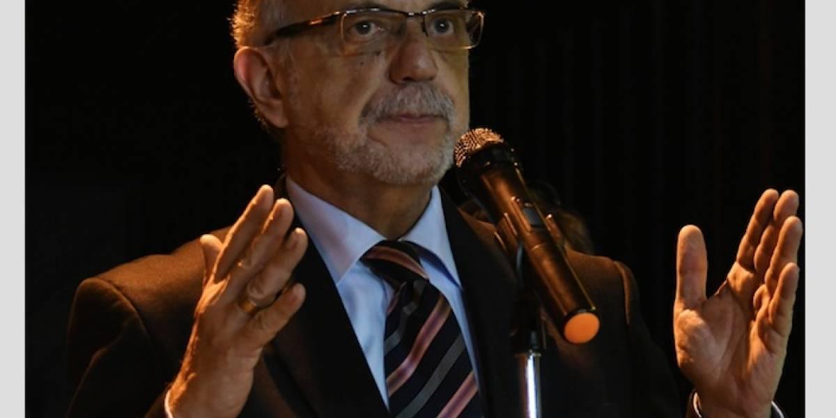 "Iván Velásquez: ""Cárceles ubicadas en instalaciones militares deben cerrarse"""