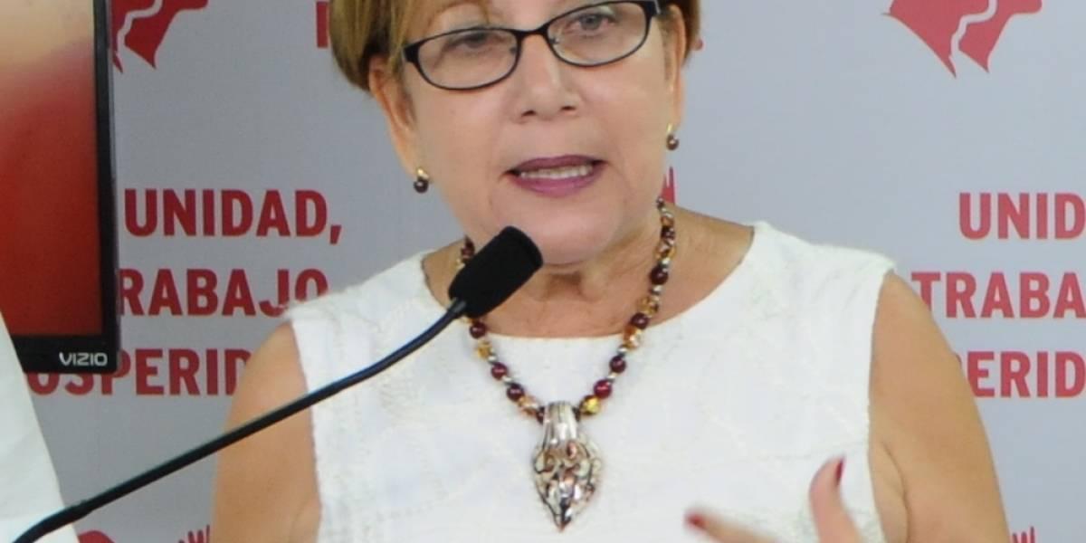 Alcaldesa de Loíza dará mantenimiento a cinco escuelas
