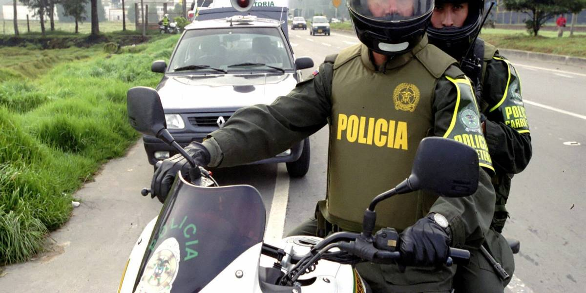Delincuentes intentaron robar a un policía que salía de un banco