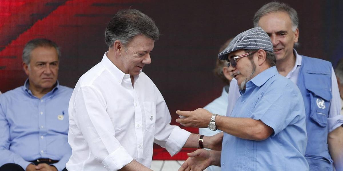 Hospitalizan de urgencia a jefe máximo de las FARC en Colombia