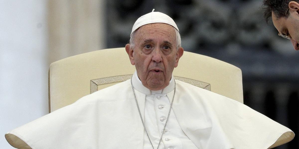 El papa Francisco pide el fin de la violencia en Venezuela