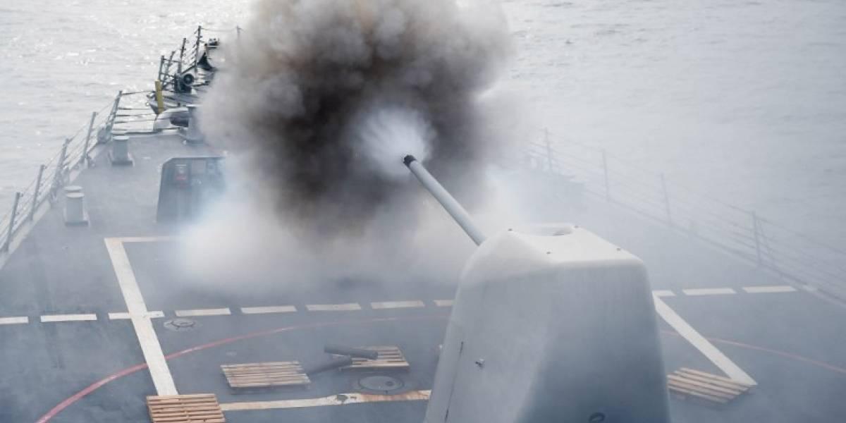 """Escalada de tensión: la respuesta de Pekín ante una """"grave provocación"""" de un destructor de EEUU en el Mar de la China Meridional"""