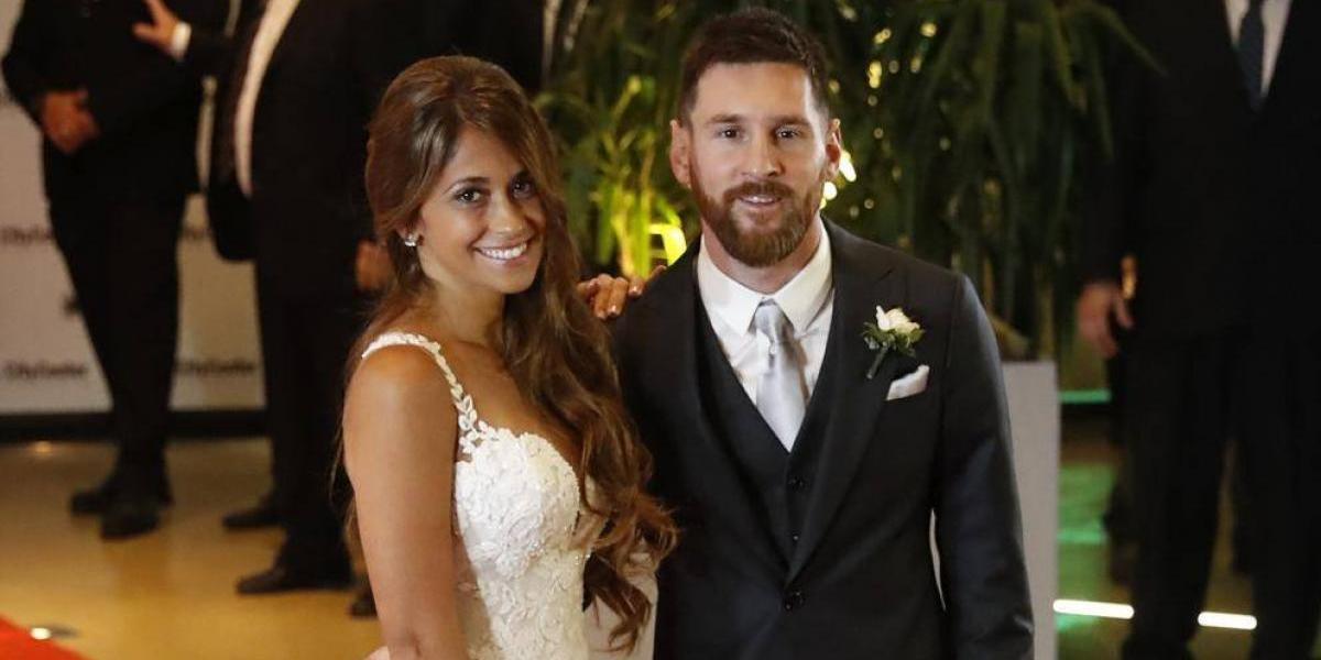VIDEO: Esposa de Messi presume tener al mejor bailarín del mundo ¿le creen?