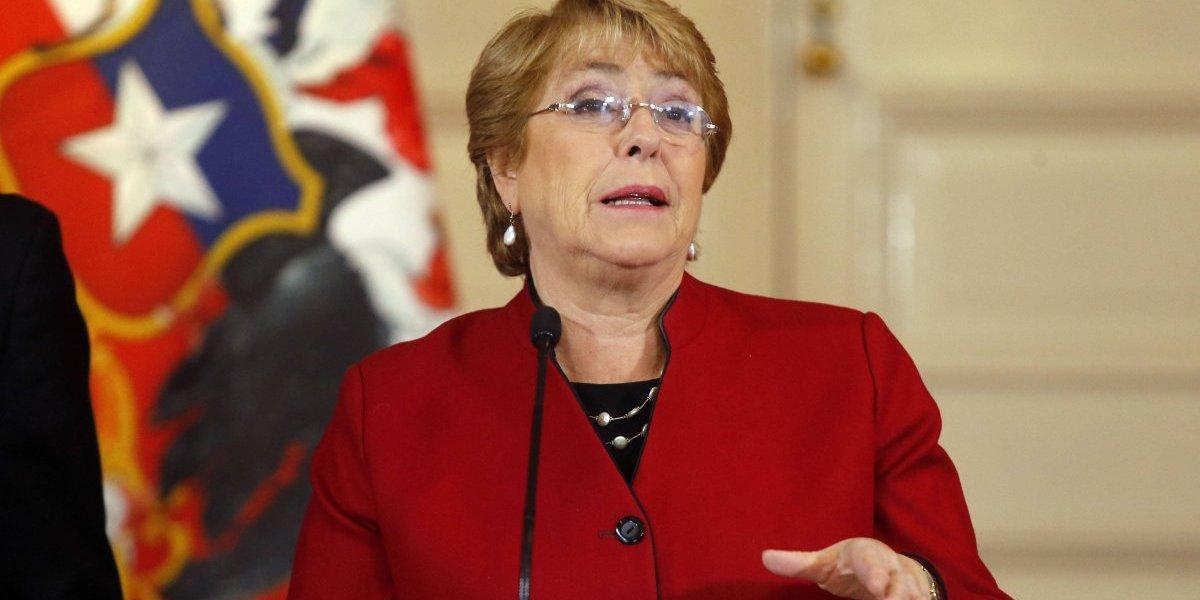 """Bachelet tras aprobación del aborto en tres causales: """"Recuperamos un derecho básico que nunca debimos perder"""""""