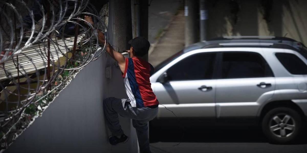 Menores intentan fugarse de casa hogar en zona 15