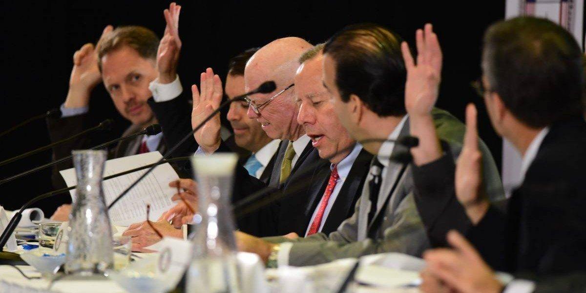 Junta de Control Fiscal aprueba su propio plan para el Gobierno Central