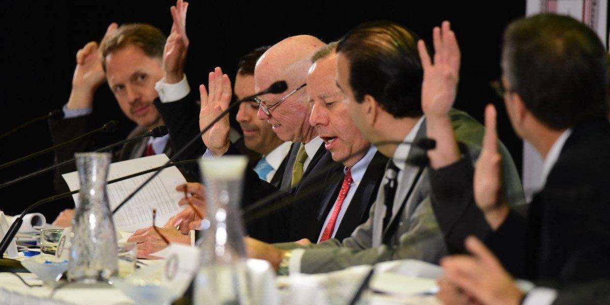 Gobierno presenta a la Junta de Control los efectos de reforma contributiva federal