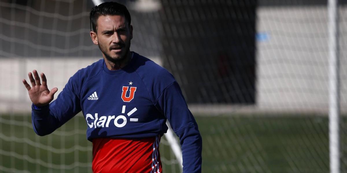 Mauricio Pinilla busca salir del Genoa y se acerca a la U