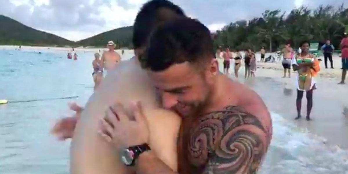 Maestro salva a turista de ahogarse en Culebra