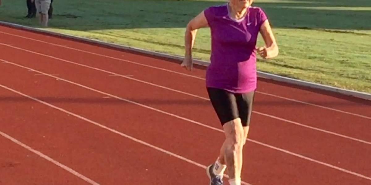 Corredora de 101 años impone nuevo récord en su categoría