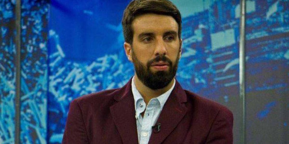 Periodista argentino arremete contra embajada de su país tras comunicado