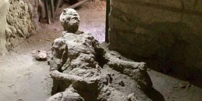 La increíble imagen del hombre petrificado en Pompeya — Instagram
