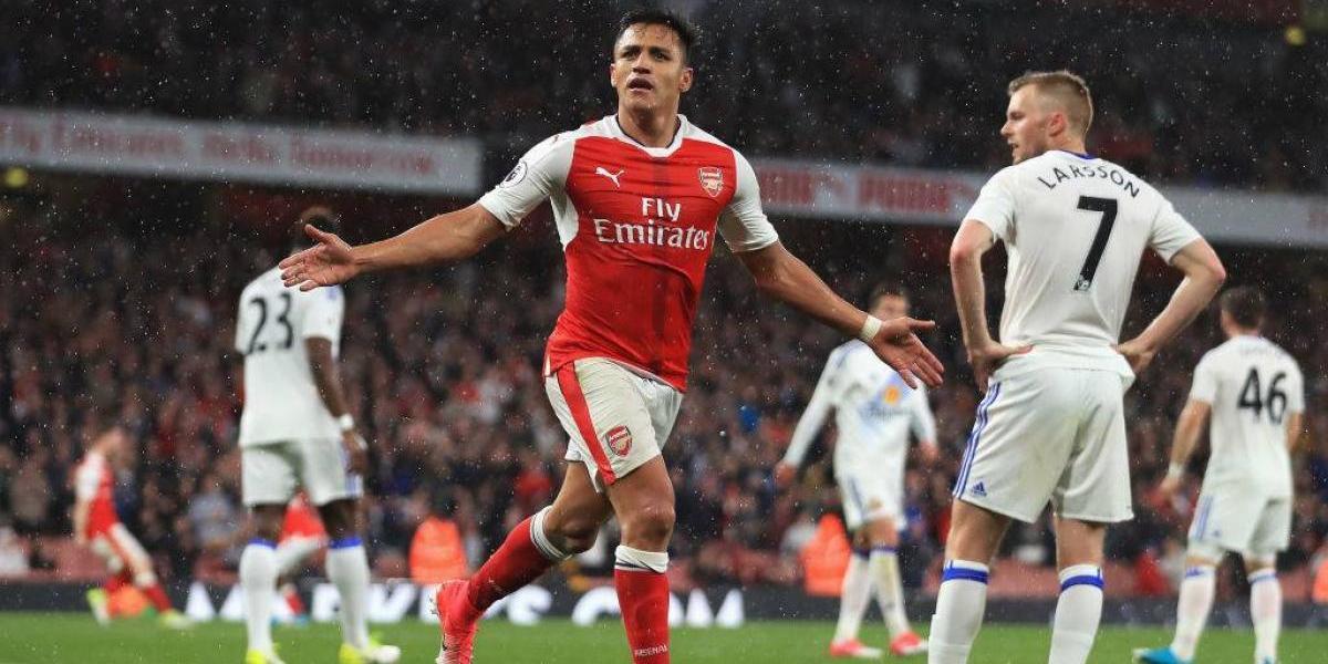 Histórico del Arsenal ruega por la estadía de Alexis Sánchez