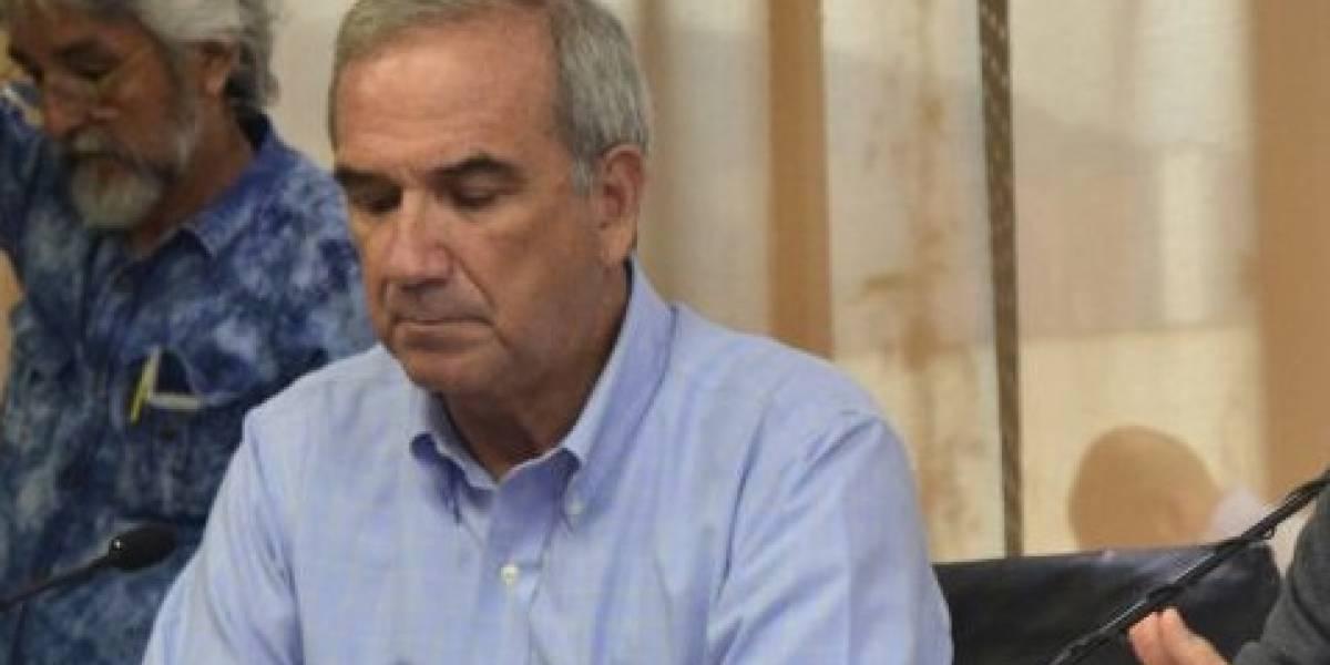 Condena de 33 meses para Gustavo Villegas por no denunciar extorsión