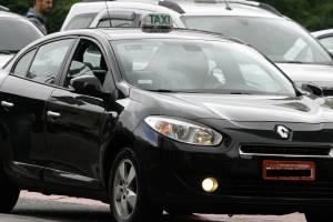 São Paulo vai sortear quase 3 mil novas vagas de táxi Comum e Preto