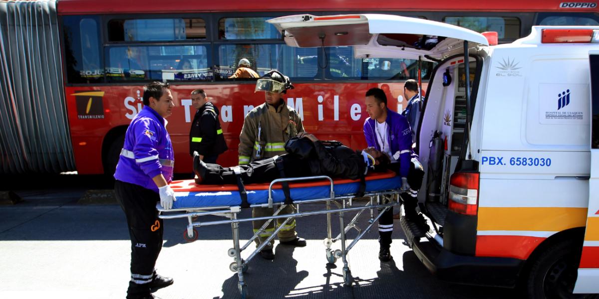 Accidente entre dos buses de TransMilenio dejó siete personas heridas