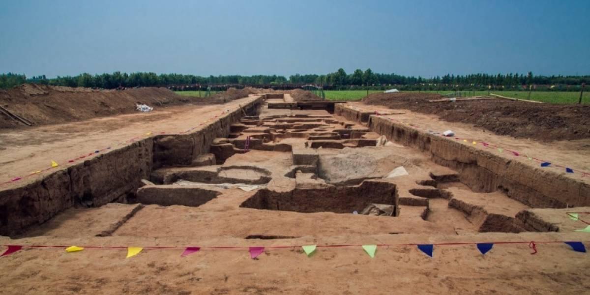"""FOTOS. Hallan las misteriosas tumbas de unos """"gigantes"""" de hace 5 mil años"""
