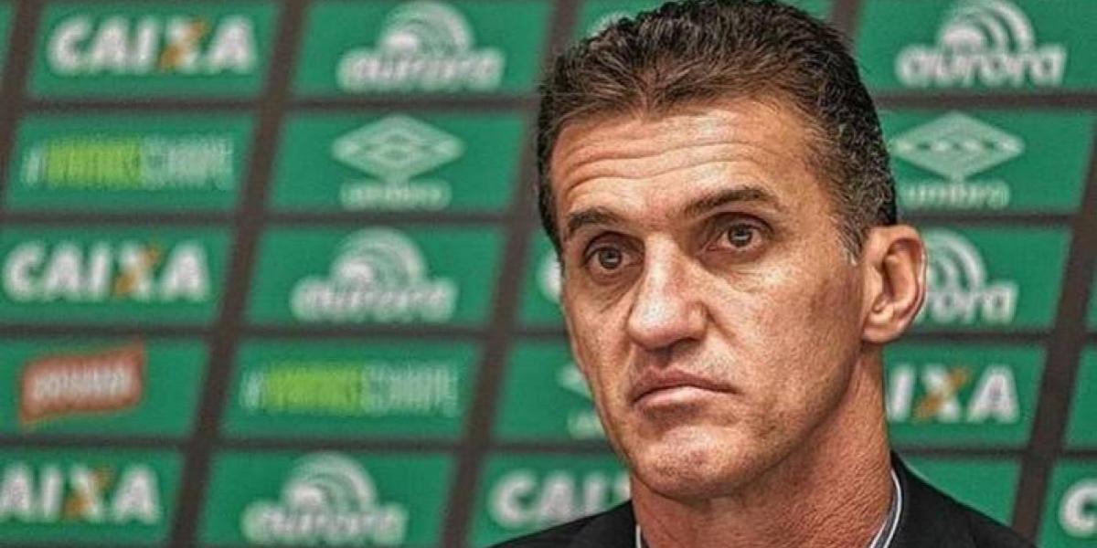 Chapecoense despide a Vagner Mancini, el DT que llegó tras el trágico accidente